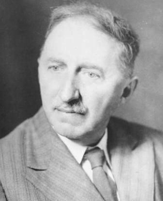 e m forster Successful novelist e m forster discusses the craft of story writing.