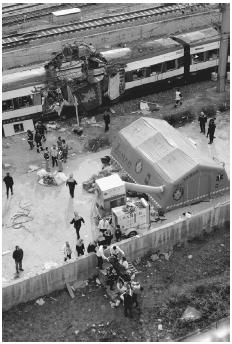 March 11, 2004: A series of coordinated terrorist bombings rocked Madrids commuter train system days before Spains national election. On their way to work that morning, more than 1,800 people were wounded; 191 died. [GUILLERMO NAVARRO/COVER/COR