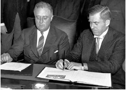 Franklin D. Roosevelt (left) with Henry Wallace on April 15, 1935. At this time, Wallace was secretary of agriculture, but five years later, near the end of Roosevelts second term, the president said he would not run for a third term unless par