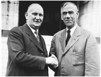 Representative Willis C. Hawley (R-Oreg.), left, and Senator Reed Smoot (R-Utah). (LIBRARY OF CONGRESS, PRINTS AND PHOTOGRAPHS DIVISION)