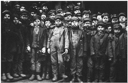 Child laborers were not uncommon in the early years of the 1900s. Courtesy of the Library of Congress.